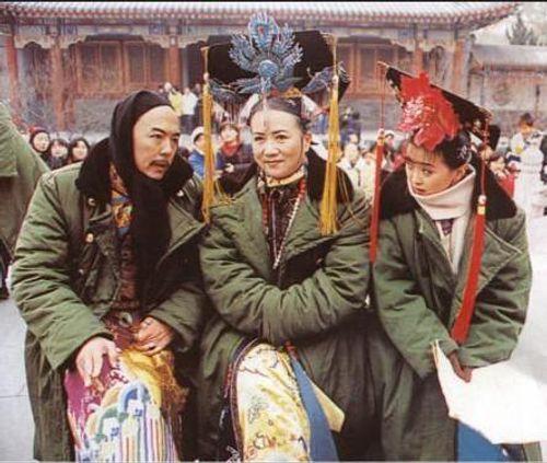 Mặc mọi scandal cãi vã, hình ảnh đẹp của Hoàn Châu Cách Cách còn mãi trong lòng khán giả - Ảnh 31