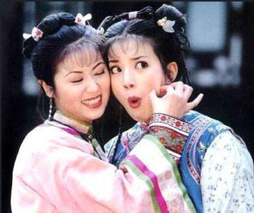 Mặc mọi scandal cãi vã, hình ảnh đẹp của Hoàn Châu Cách Cách còn mãi trong lòng khán giả - Ảnh 4