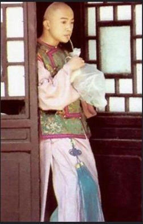 Mặc mọi scandal cãi vã, hình ảnh đẹp của Hoàn Châu Cách Cách còn mãi trong lòng khán giả - Ảnh 14