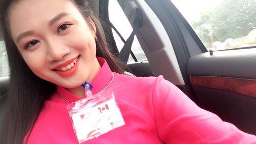 Tìm hiểu về nữ sinh xinh đẹp được tặng hoa cho Thủ tướng Canada - Ảnh 2