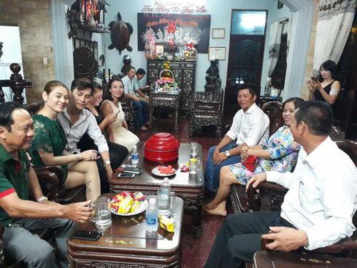 Lâm Khánh Chi rơi lệ vì câu nói của cha trong ngày dạm ngõ - Ảnh 2