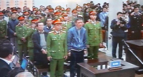 Bắt đầu xét xử ông Đinh La Thăng, Trịnh Xuân Thanh - Ảnh 2
