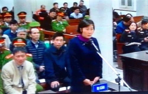 """Xét xử ông Đinh La Thăng: Công ty Quỳnh Hoa ký hợp đồng """"khống"""" để cảm ơn - Ảnh 2"""
