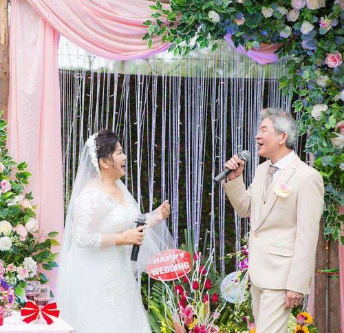 NSND Thanh Hoa lần đầu mặc váy cưới ở tuổi 67 - Ảnh 4