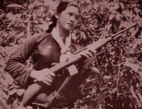 Nghe nữ du kích Bảy Mô kể chuyện ăn Tết trong địa đạo - Ảnh 2