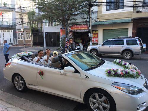 """Đám cưới cặp đôi đồng tính điển trai """"dậy sóng"""" mạng xã hội - Ảnh 2"""