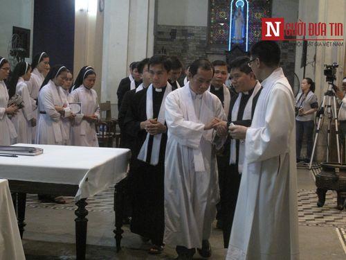 Nhiều lãnh đạo đến viếng cố Tổng giám mục Phaolô Bùi Văn Đọc - Ảnh 4