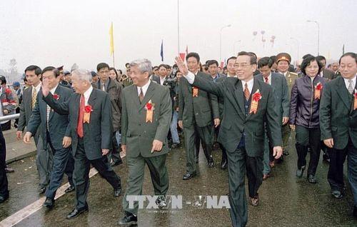 Những hình ảnh hoạt động của Nguyên Thủ tướng Chính phủ Phan Văn Khải - Ảnh 12