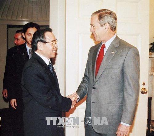 Những hình ảnh hoạt động của Nguyên Thủ tướng Chính phủ Phan Văn Khải - Ảnh 7