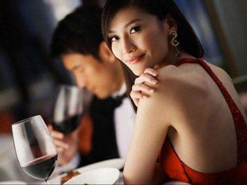 Bật mí bí quyết chọn vợ của quý ông - Ảnh 4