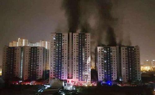 """Vụ cháy chung cư Carina Plaza: 577 càng """"xoay""""... càng thiệt hại - Ảnh 3"""