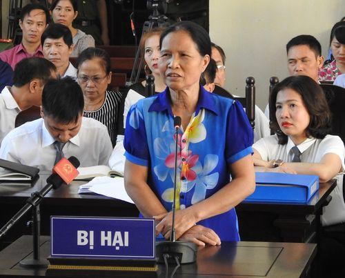 Xử vụ chết nhiều người ở BV Đa khoa Hòa Bình: Người nhà nạn nhân xin cho BS Lương vô tội - Ảnh 3