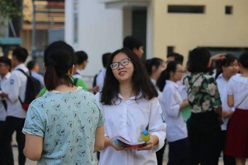 Hà Nội: 95 nghìn thí sinh bắt đầu thi vào lớp 10 - Ảnh 4