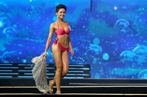 Bỏ phần thi bikini tại các cuộc thi nhan sắc, có lỗi với xuân thì của thiếu nữ - Ảnh 2