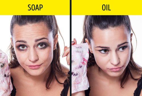 Mách bạn 4 loại dầu giúp xóa mờ nếp nhăn cực hiệu quả - Ảnh 1