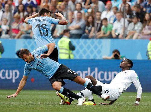 Ảnh: Thắng kịch tính Uruguay, Pháp vào tứ kết World Cup 2018 - Ảnh 3