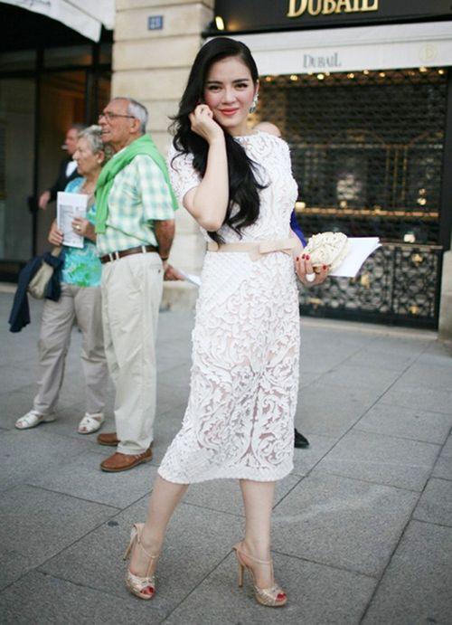 Gu thời trang đẳng cấp của Lý Nhã Kỳ tại các tuần lễ thời trang - Ảnh 3