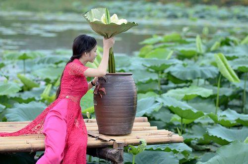 """Ngất ngây vẻ đẹp """"nghiêng nước nghiêng thành"""" nữ sinh xứ Tuyên - Ảnh 16"""