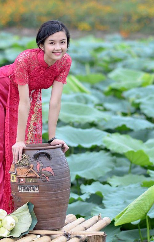 """Ngất ngây vẻ đẹp """"nghiêng nước nghiêng thành"""" nữ sinh xứ Tuyên - Ảnh 18"""