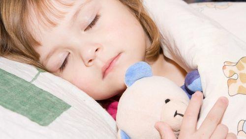 Làm sao để bé đi ngủ sớm? - Ảnh 4