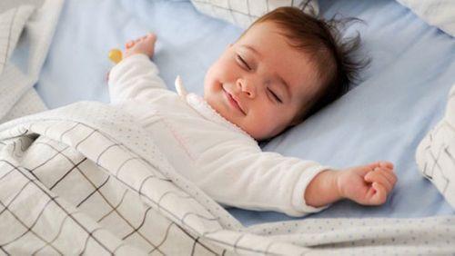 Làm sao để bé đi ngủ sớm? - Ảnh 3