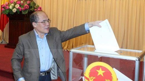 Lấy phiếu tín nhiệm đối với 57 chức danh Đảng đoàn Quốc hội - Ảnh 1