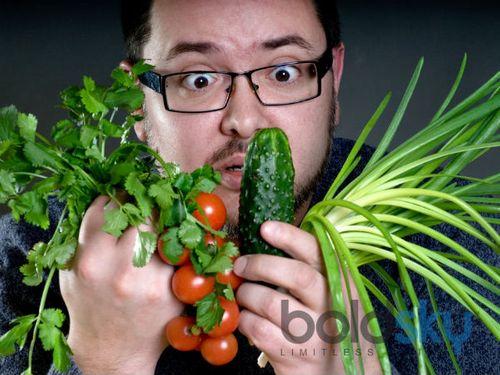 Công dụng bất ngờ của rau sống - Ảnh 1