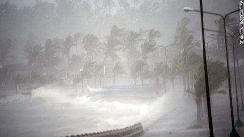 Chùm ảnh bão Hagupit đổ bộ vào Philippines - Ảnh 3