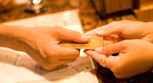 Những điều ít biết về nghề lễ tân khách sạn 5 sao - Ảnh 5