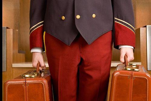Những điều ít biết về nghề lễ tân khách sạn 5 sao - Ảnh 6