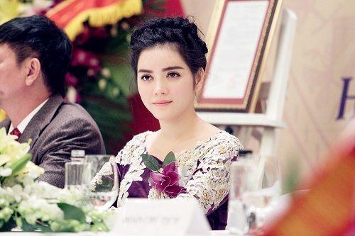 Lý Nhã Kỳ nhận chức Phó chủ tịch hội Nghệ nhân và thương hiệu Việt - Ảnh 5