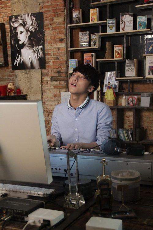 Sơn Tùng M-TP nhắn 1001 tin xin lỗi đạo diễn Quang Huy - Ảnh 2