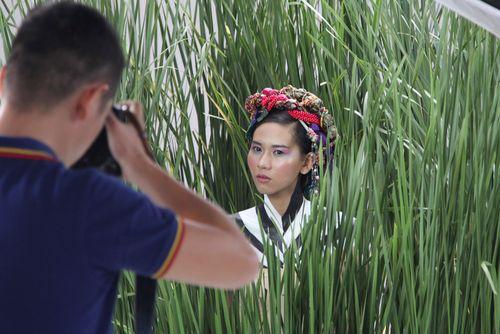 Vietnam's Next Top Model: Thí sinh bất ngờ lên cơn co giật, ngất xỉu - Ảnh 2