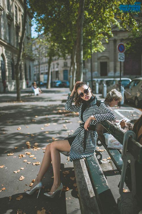 Hồng Quế diện măng tô giản dị dạo chơi Paris - Ảnh 7