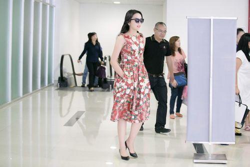 Hoa hậu Kỳ Duyên trở về quê Nam Định sau đăng quang - Ảnh 6