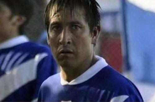 Cầu thủ Argentina bị CĐV ném đá đến tử vong - Ảnh 1