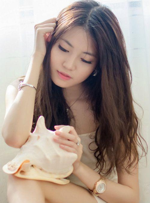 Nhan sắc hot girl đất Cảng giống hoa hậu Hà Kiều Anh - Ảnh 2