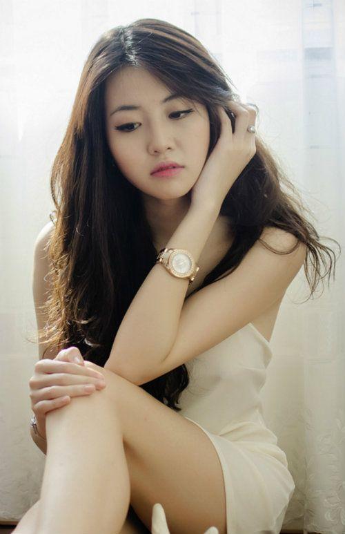 Nhan sắc hot girl đất Cảng giống hoa hậu Hà Kiều Anh - Ảnh 3