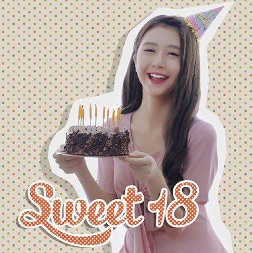 Hot girl Quỳnh Anh Shyn xúc động trong ngày sinh nhật - Ảnh 5