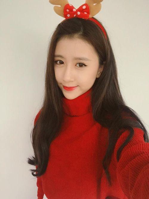 Hot girl Quỳnh Anh Shyn xúc động trong ngày sinh nhật - Ảnh 8