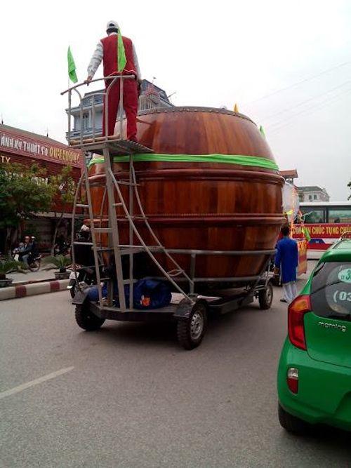 """Việt Nam – Malaysia: Dân mạng """"sắm"""" gì đi xem bán kết? - Ảnh 1"""