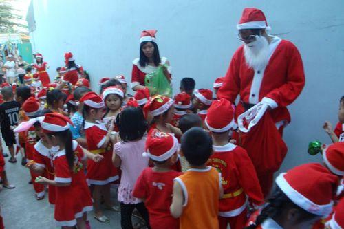 Nguồn gốc về ông già Noel - Ảnh 3