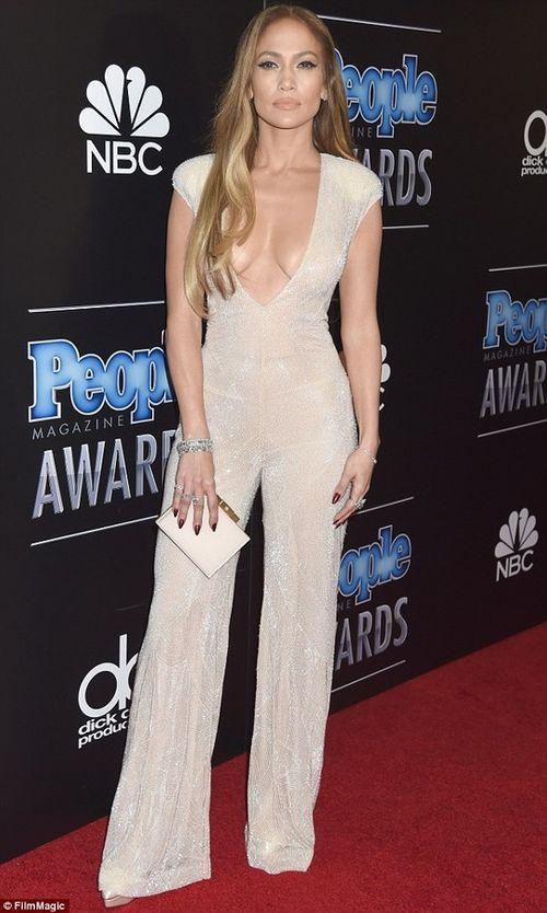 Jennifer Lopez được trả cát - xê gần 1 tỷ đồng/ 1 phút - Ảnh 1