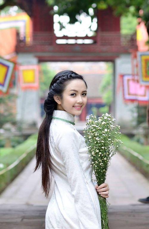 Gặp nữ sinh xứ Tuyên có gương mặt giống BTV Hoài Anh - Ảnh 5