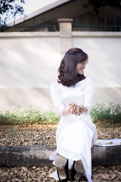 Hot girl Hoàng Yến Chibi đẹp tinh khôi trong tà áo dài - Ảnh 8