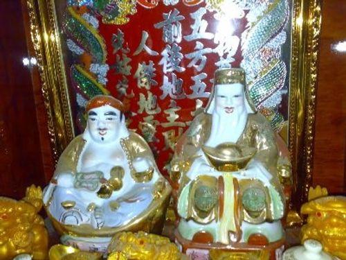 Nguồn gốc, ý nghĩa tục thờ Thần Tài và Thần Thổ Địa - Ảnh 1