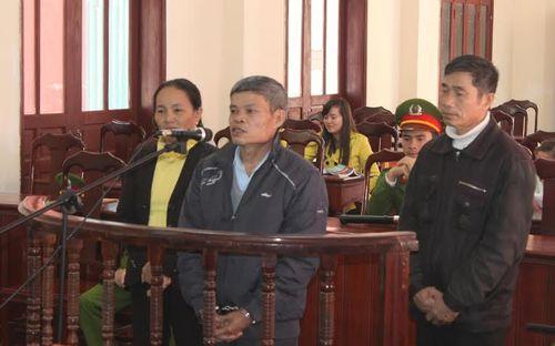Rủ vợ mua bán thuốc nổ kiếm lời, chồng lĩnh án 9 năm tù - Ảnh 1