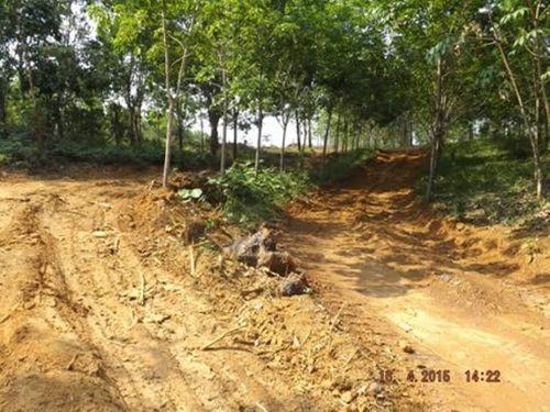 Lao động Trung Quốc vào Thừa Thiên - Huế đào núi khai thác quặng  - Ảnh 1
