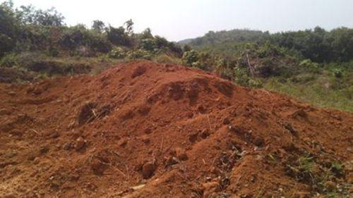 Lao động Trung Quốc vào Thừa Thiên - Huế đào núi khai thác quặng  - Ảnh 4
