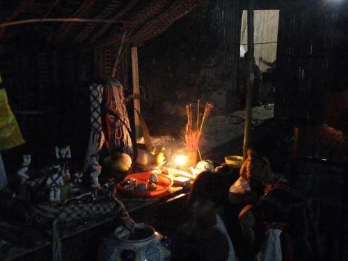 Kỳ bí lễ bỏ mả của đồng bào dân tộc Ka Tu ở miền Tây xứ Huế - Ảnh 7